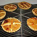 Chaussons et tartelettes aux pommes