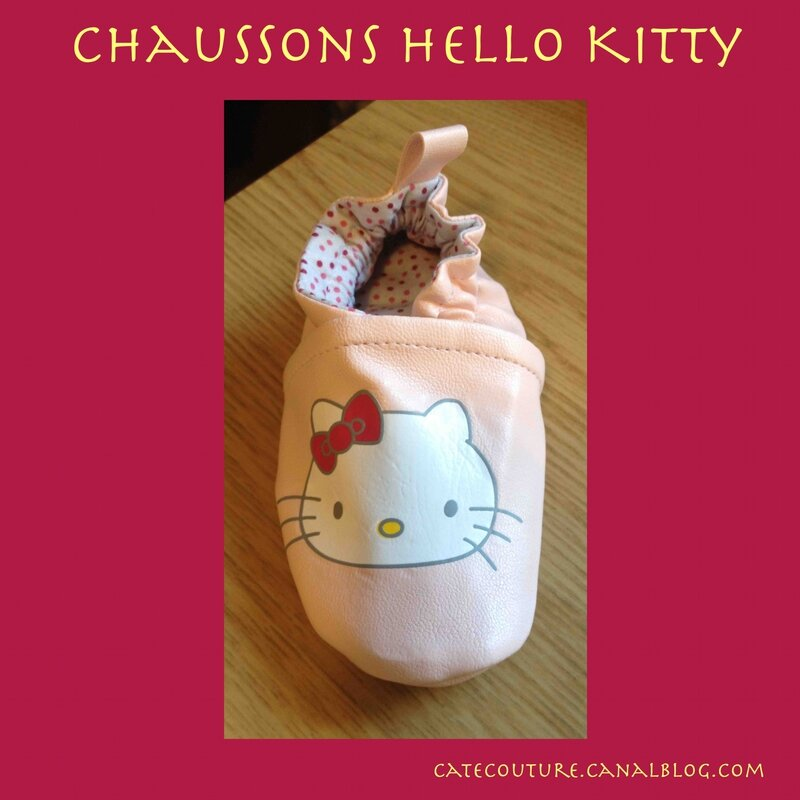chaussons hello kitty roses