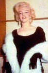 1953_Gala010_BlackDressWhiteFur_00200