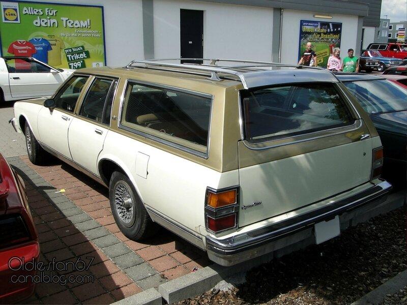 chevrolet-caprice-classic-wagon-1981-1985-02