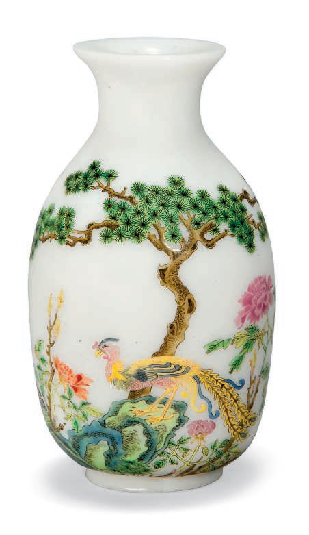 A small famille rose enamelled white glass vase, 20th century