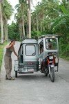 12Donsol_tricycle