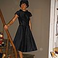 Mercredi 15h30 : dans le cadre de l'exposition, mini-défilé des robes en soie sauvage...