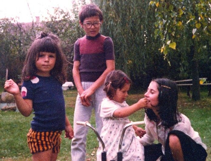 début des années 80, avec Franck, Val et Mag.