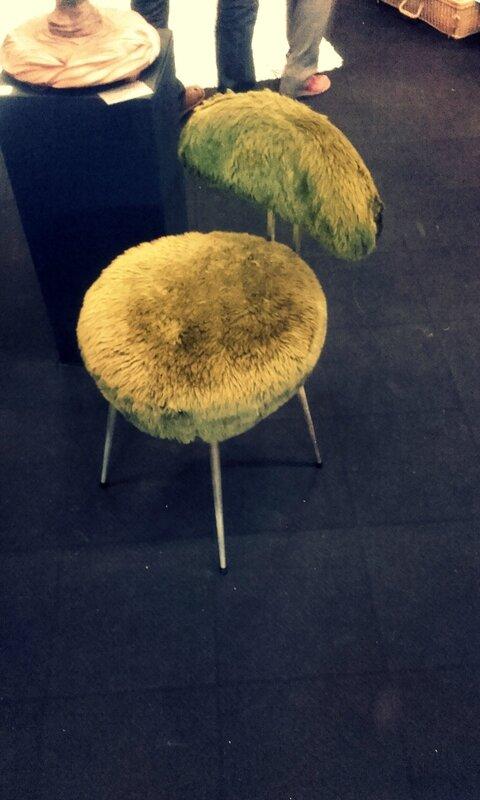 chaise-vintage-tissu-poil-verte
