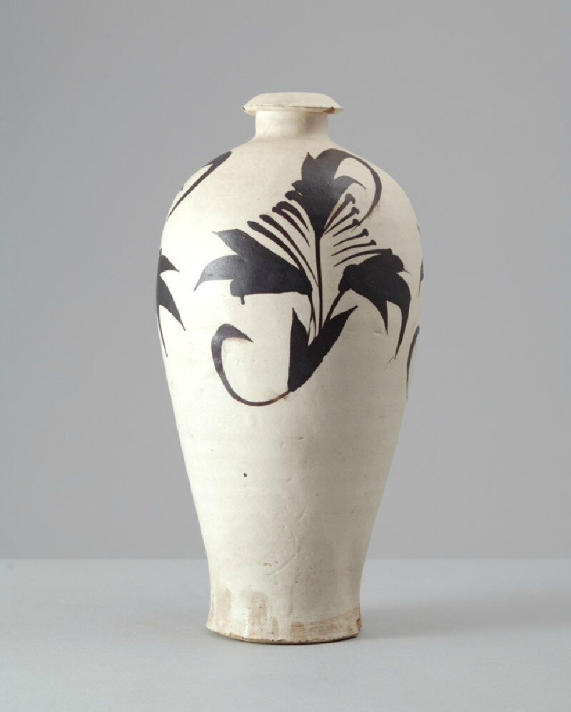 Cizhou ware vase with floral decoration, Cizhou kiln-sites, 12th - 13th century, Jin Dynasty (1115 - 1234)