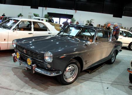 Fiat_2300_S_coupe_de_1964__RegioMotoClassica_2010__01