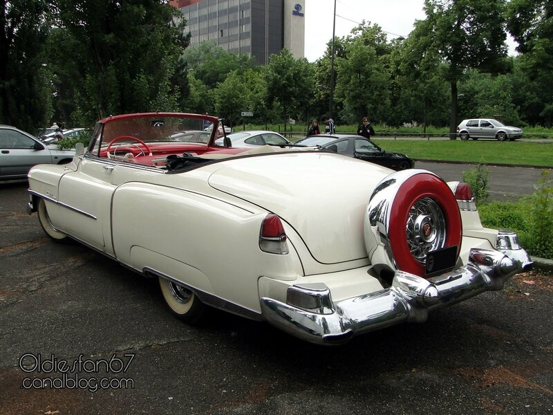 cadillac-62-convertible-continental-kit-1953-02