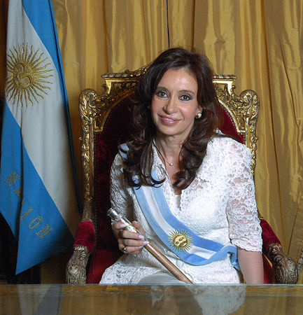 Cristina_Fern_ndez_de_Kirchner_Foto_Oficial
