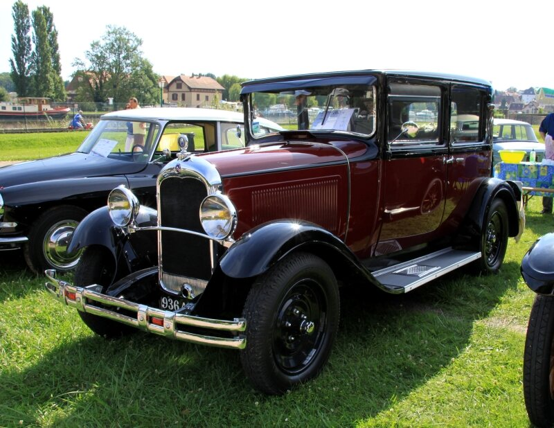 Citroen type C4F berline de 1931 (8ème Rohan-Locomotion) 01