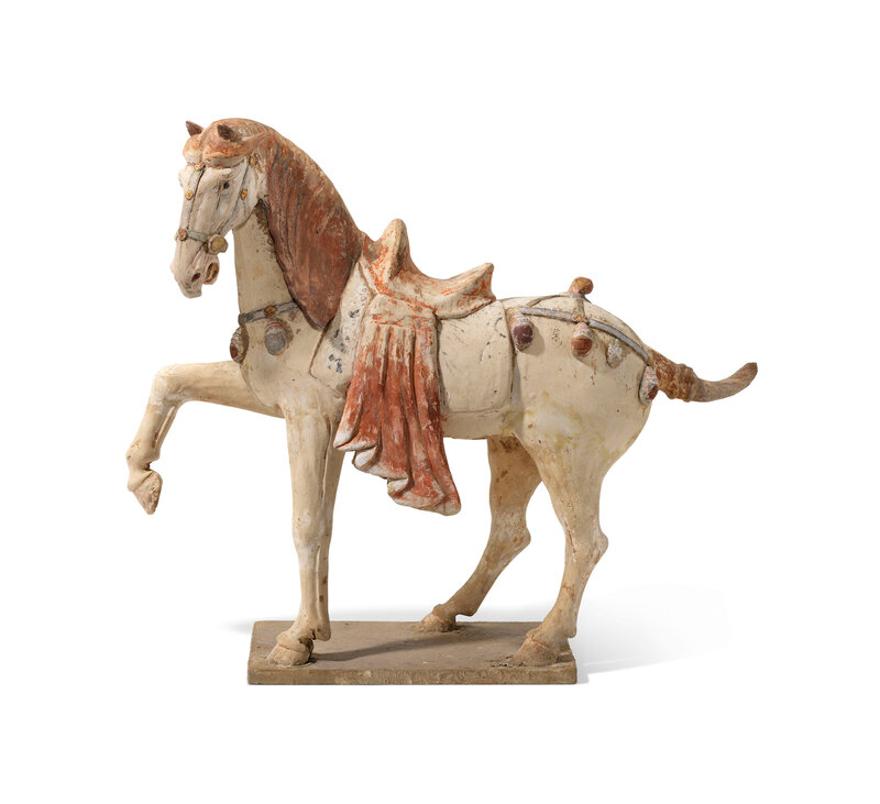 A large painted pottery figure of a horse, Tang dynasty (618-907)