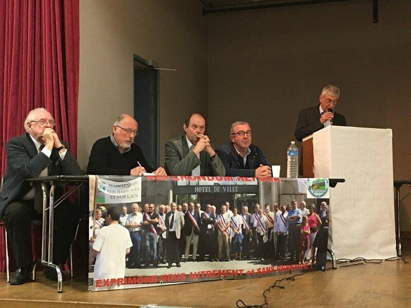 barrage Sélune STP Isigny le Buat réunion publique avril 2016 Guénhael Huet député John Kanioswski association amis du barrage