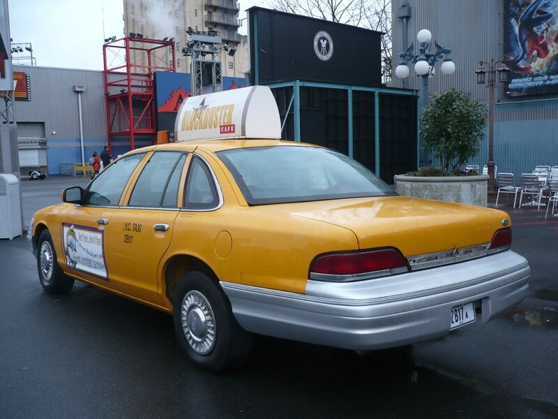 FORD Crown Victoria taxi new-yorkais 1993 Marne la Vallée - Disneyland (2)