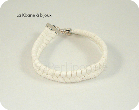 bracelet nattes daim blanc1