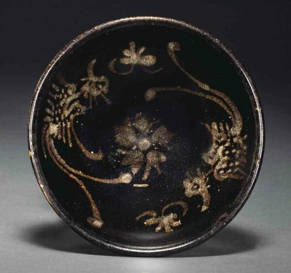 A Jizhou painted brown-glazed 'Phoenix' bowl, Southern Song-Yuan dynasty, 12th-14th century