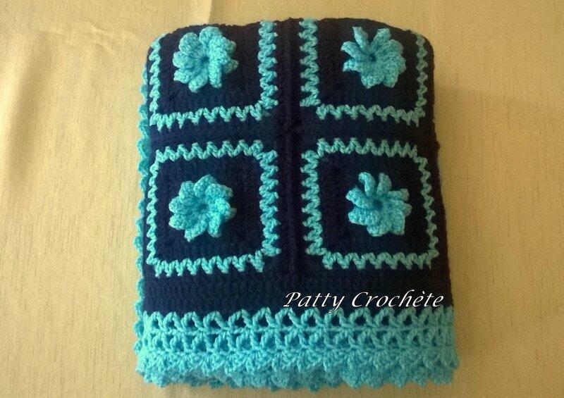 Couverture bébé marine-fleur turquoise (8)
