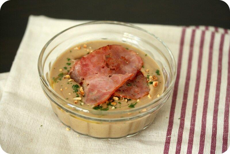 veloute chataignes noisettes bacon chez requia cuisine et confidences