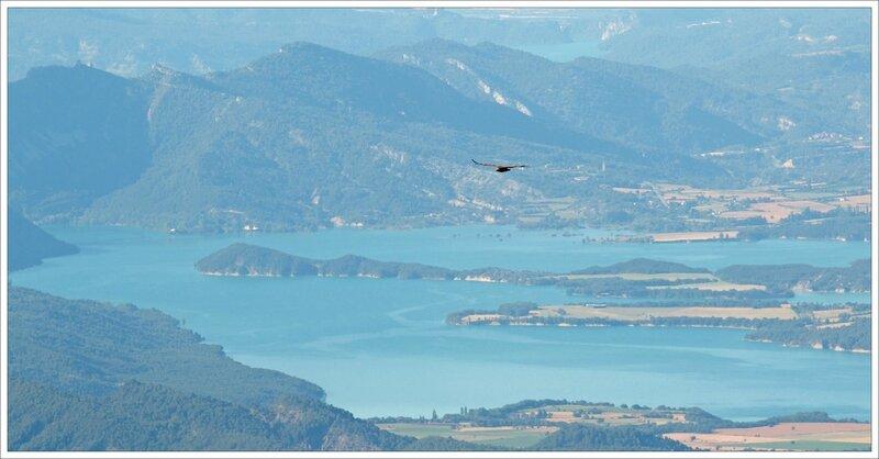 Castillo 130616 6 vautour lacs brume bleue