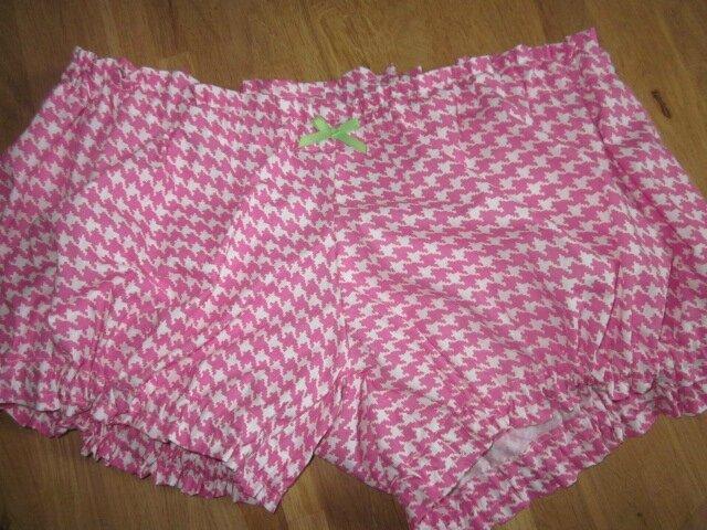 Culotte BIANCA en coton pied de poule rose - noeud vert (2)