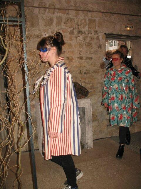 2015 - avril - 5 (samedi) - Défilé FEMMES EN CIRES au salon Jardins d'Artistes de TOUQUES (86)