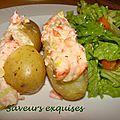 Pommes de terre farcies au saumon fumé et crème fraîche