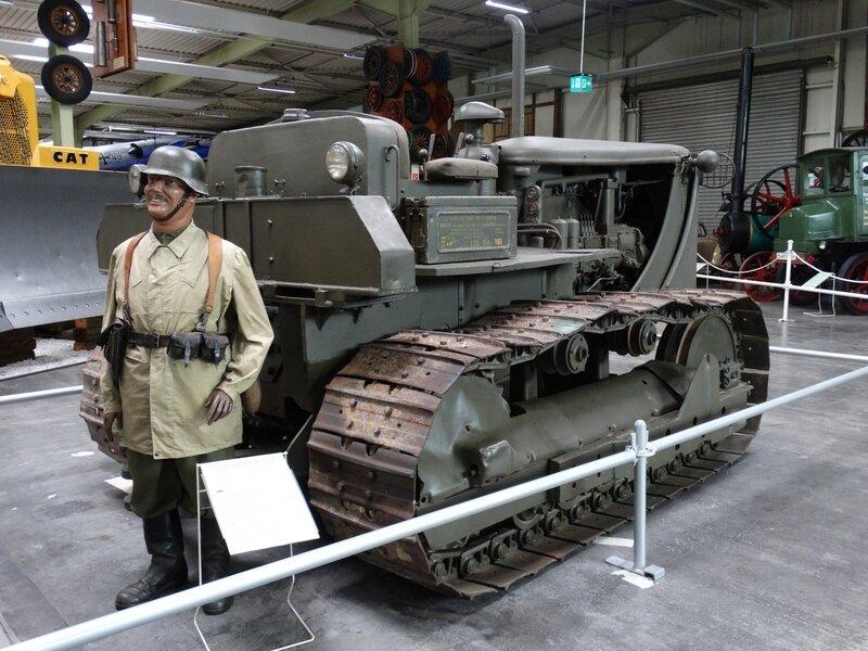 CATERPILLAR D7 bulldozer armée allemande 1941 Sinsheim (2)