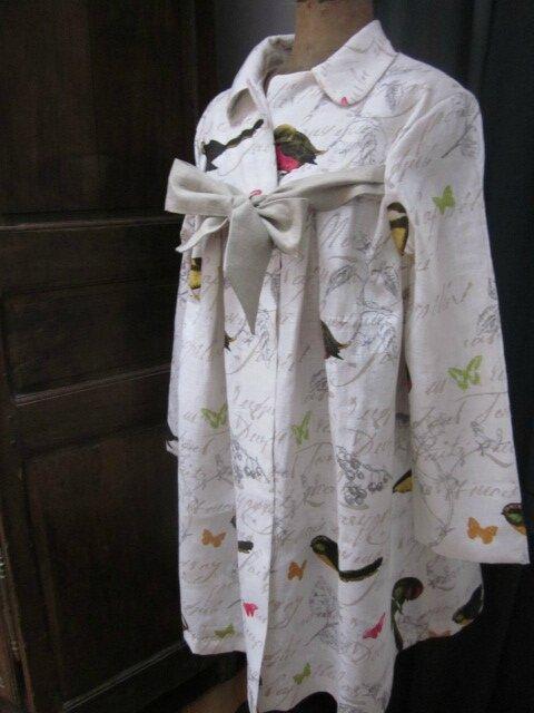 Manteau AGLAE en lin blanc cassé imprimé oiseaux noué d'un lien de lin brut - Taille 52 (5)
