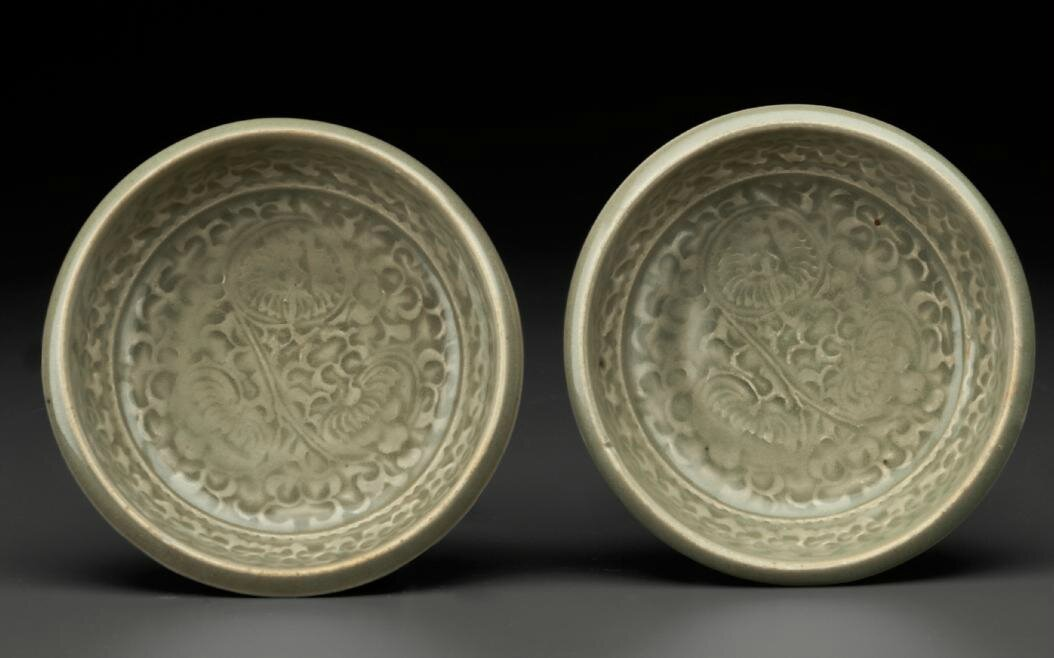 A pair of small Yaozhou celadon molded dishes, Northern Song-Jin dynasty, 11th-12th century