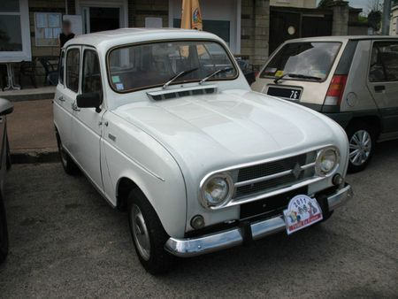 Renault4av