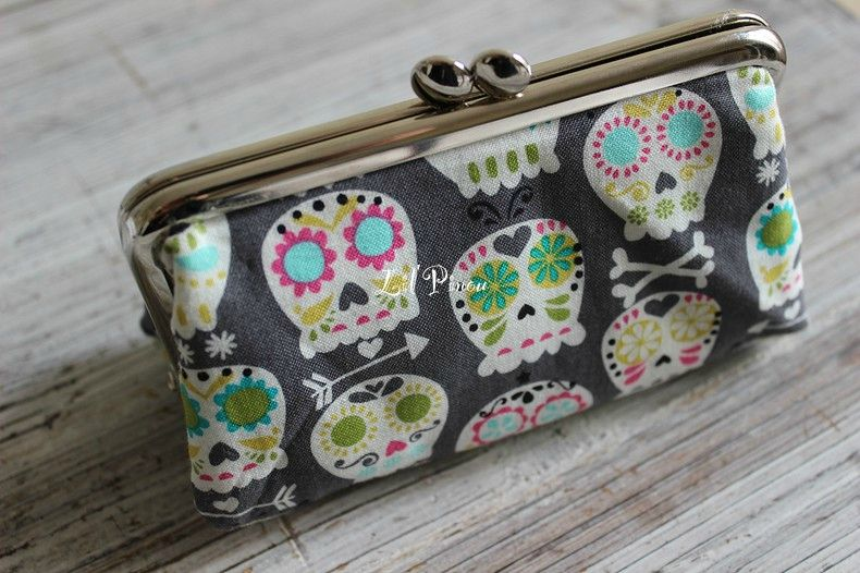 Medium clutch sugarskulls
