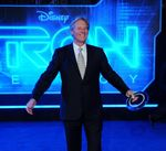 Bruce_Boxleitner_attends_the_TRON_Legacy_premiere_in_Los_Angeles