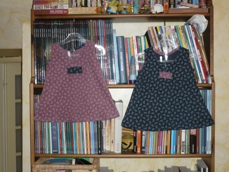 Deux robes jumelles