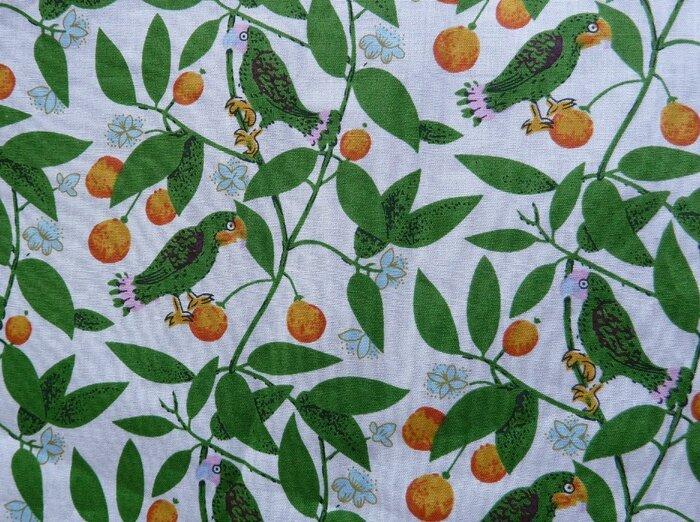 24 Tissu perroquets