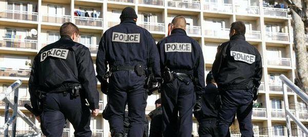 1137993_operation-de-police-dans-la-cite-des-aygalades-quartiers-nord-de-marseille-lutte-contre-le-trafic-de-drogue-lutte-policiere-contre-trafic-d-arme-et-de-drogue-plan-brennus
