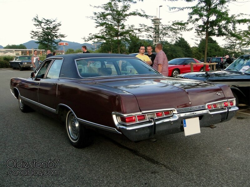 dodge-monaco-brougham-sedan-1969-2