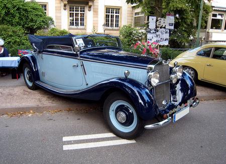 Mercedes_W_143_cabrio_A_de_1936_01