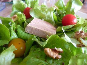 pâté sur salade