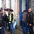 Manifestation symbolique devant la permanence du député eric alauzet, rue de belfort
