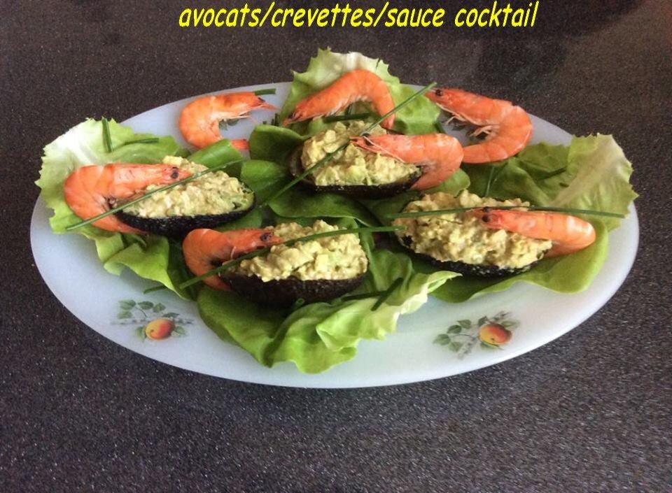 avocats/crevettes/sauce cocktail