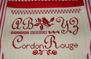 broderie_cordon_rouge