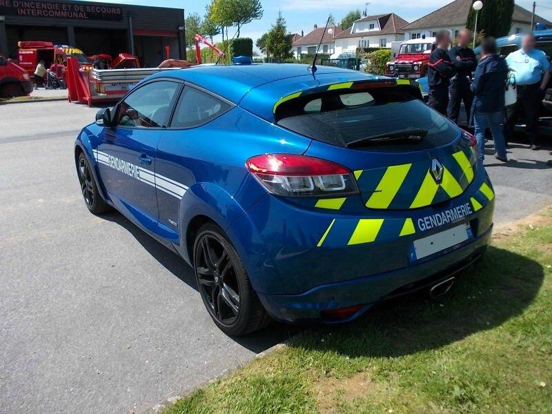 RenaultMeganeIIIRS-BRIar1