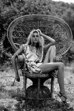 Wicker_sitting_inspiration-model-023-1