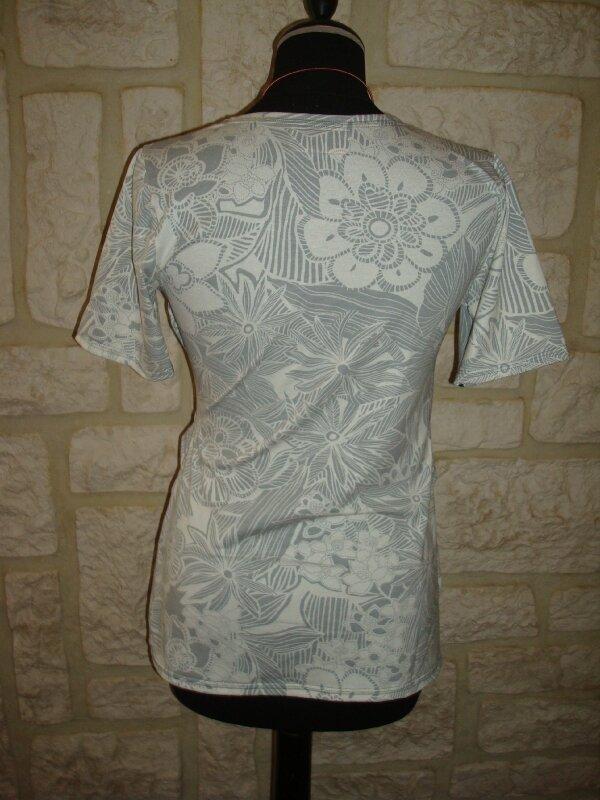 t-shirt allaitement blanc et gris (3)