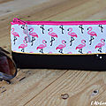 etui a lunettes flamands roses