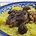 M'hawer m'zaafer bel bnedaqs couscous au safran et boulettes rôties cuisine algérienne cuisine bônoise