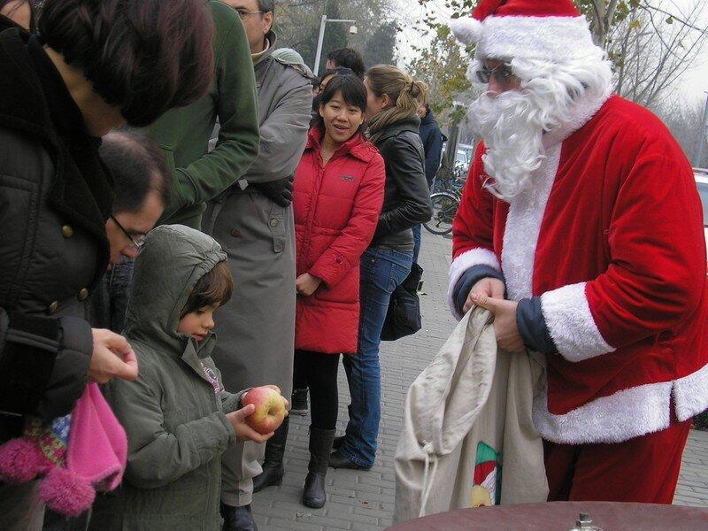Le papa Noël est à Pékin ! Et il est allemand !