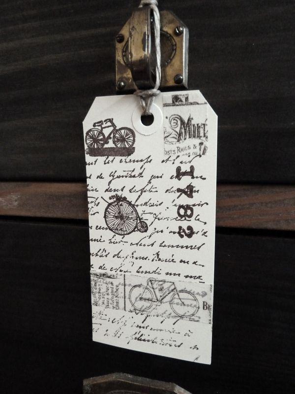 Etiquette en papier, thème vieux vélos