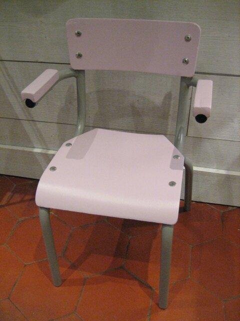 chaise enfant rose 002