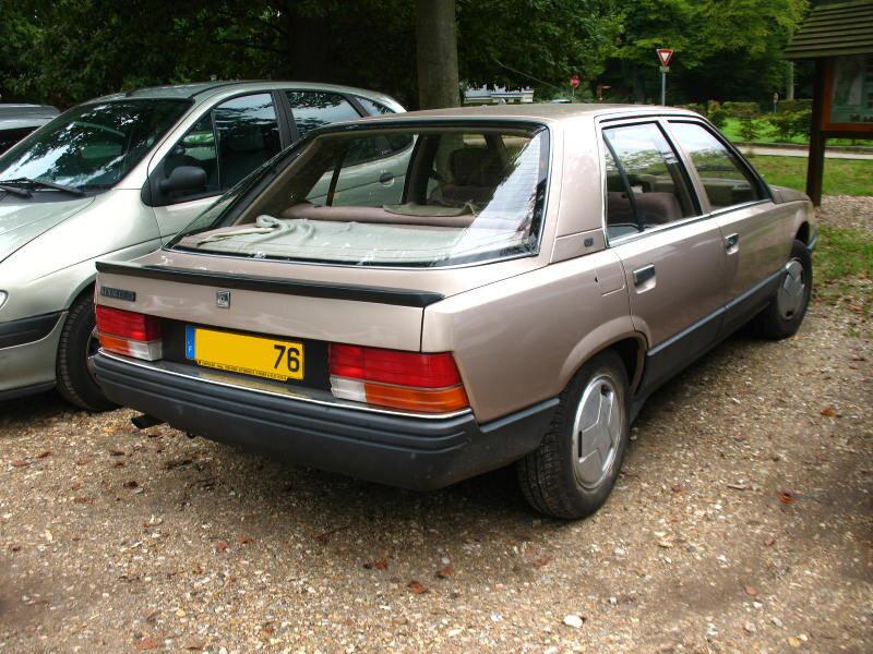 Renault25GTSar1
