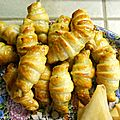 Croissants apéritifs à la persillade